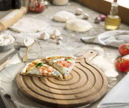 تخته سرو چوبی گرد دسته دار پیتزا