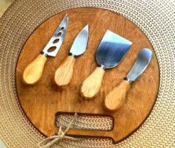 تخته برش چوبی گرد دسته دار